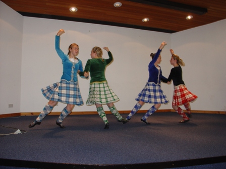 Scottish_country_dancing